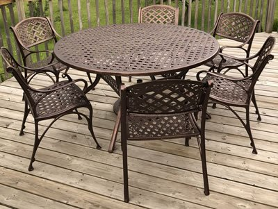 Powder Coated Outdoor Table and Chairs